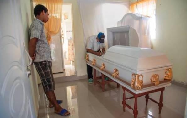Ya han muerto 13 por tomar ron «artesanal»